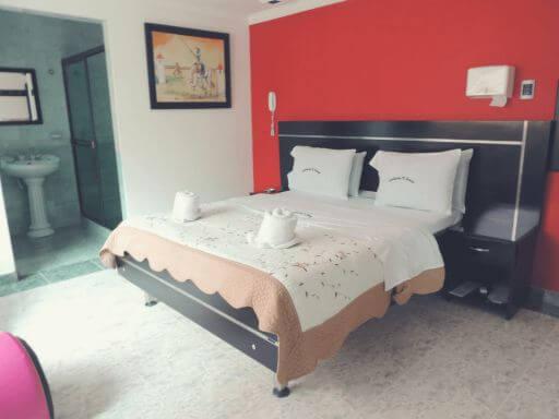 amoblados-el-bosque-motel-en-bogota-suite